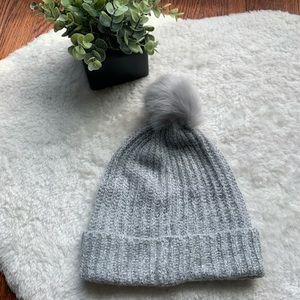 Old Navy Grey Pom Pom Cable Knit Beanie Hat NWOT